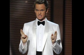 neil-patrick-harris-white-suit-black-tie