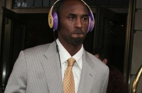 kobe-bryant-and-monster-beats-by-dr-dre-headphones-gallery