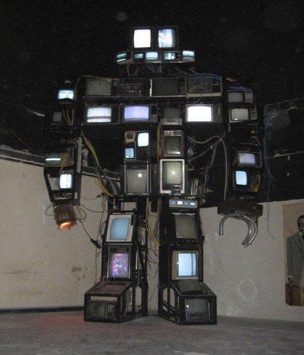 tv robot old tv