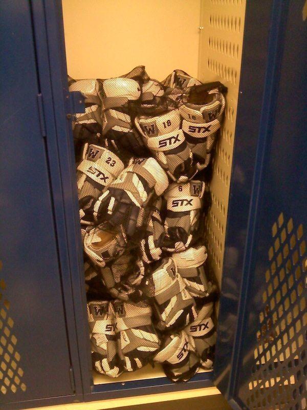 Wilsonville Oregon STX K18 Lacrosse Gloves