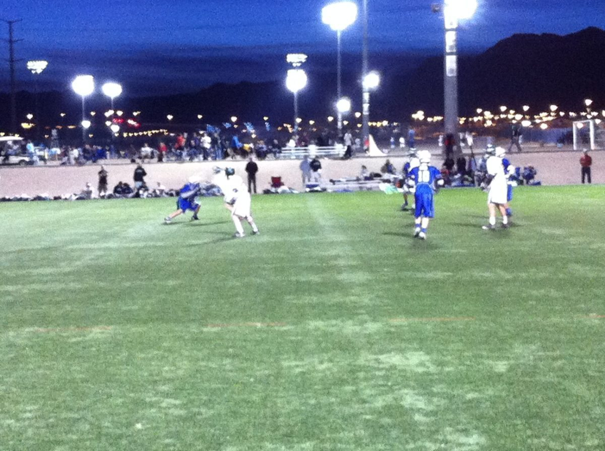 A little game action: Green Valley (blue) vs Olympus (white)