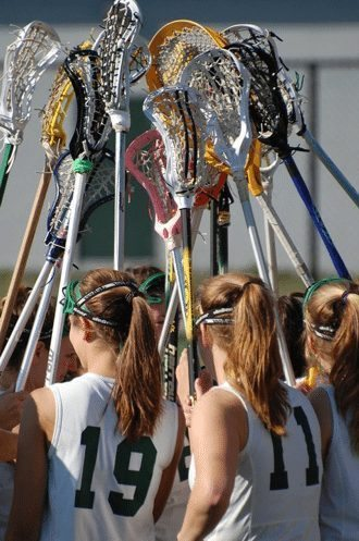 Women's Lacrosse team huddle