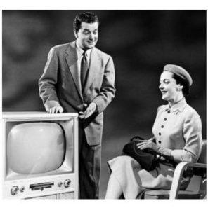 1950s-black-and-white-TV-salesman