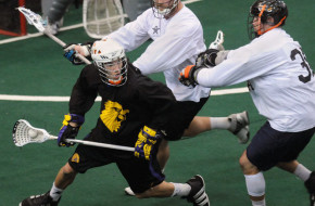 Bowhunter Cup US Iroquois box lacrosse game