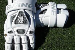 brine_king_iv_gloves2-e1352140981775-555x542