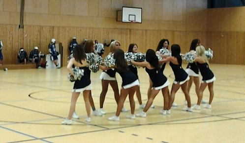Isar Cheerleaders